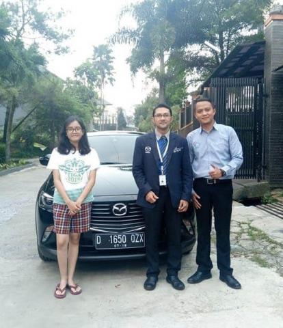 Sales-Mazda-Bandung-1